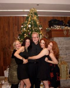 Misty Cotton, Julie Dixon Jackson, Bets Malone, and Shannon Warne with Winter Wonderettes Creator and Director, Roger Bean
